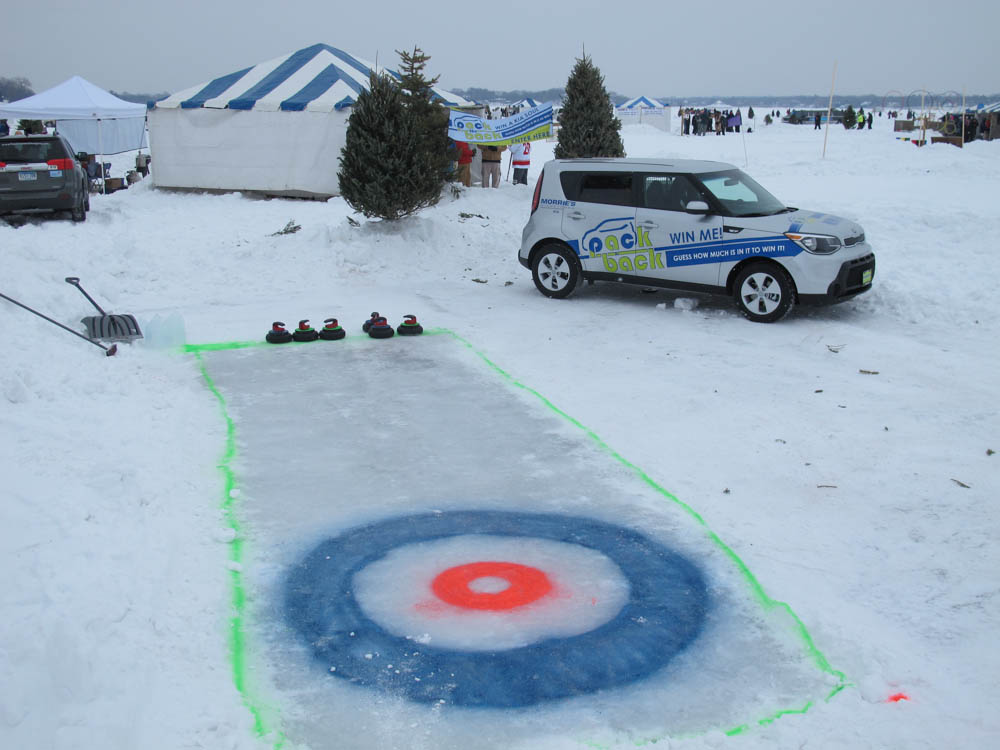 Curling at the Morrie's Chilly Open Hole