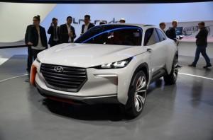 Image by MotorAuthority (http://www.motorauthority.com/news/1089007_hyundai-intrado-crossover-concept-2014-geneva-motor-show-live-photos)