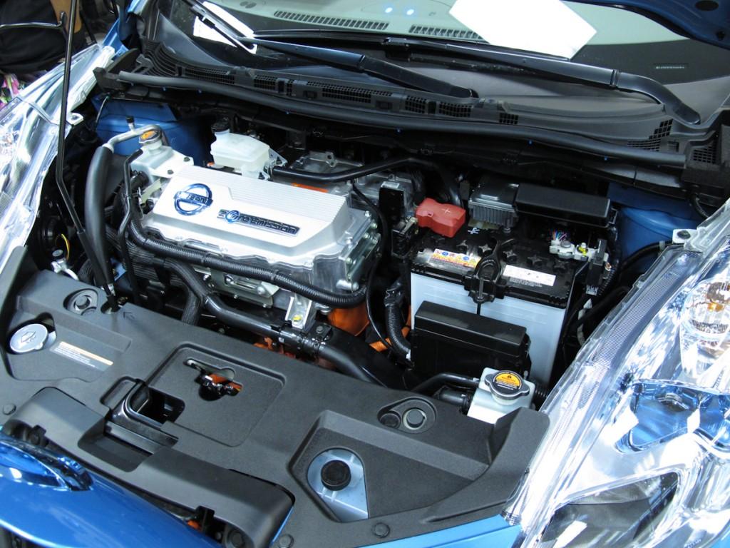 Nissan leaf preview at brooklyn park nissan morries automotive nissan leaf motor vanachro Gallery